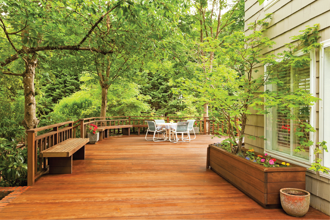 Court-Farm-Garden-Centre-UK-Timber-Prices-and-the-effects-on-garden-decking-prices-image